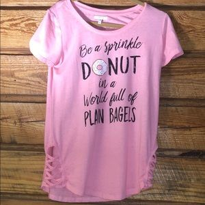 casual tee shirt